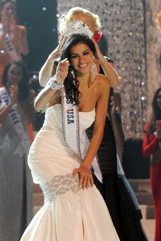 rima-fakih-pictures-of-miss-usa-2010-06