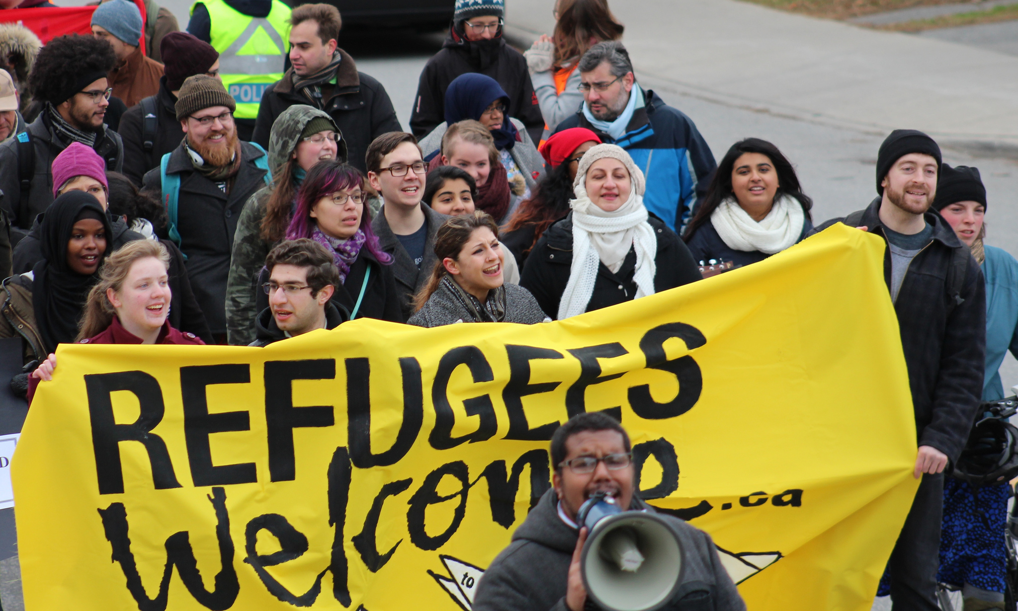 refugees in canada The canadian military is building a camp to house the growing number of  refugees crossing the us border, officials have said the camp would.
