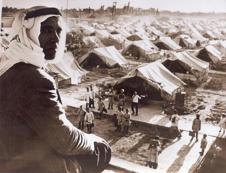 Palestinian refugee camp in 1948. >Flickr/gnuckx