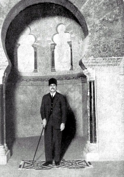 Allama Muhammad Iqbal visiting the Mosque of Cordoba in 1933.