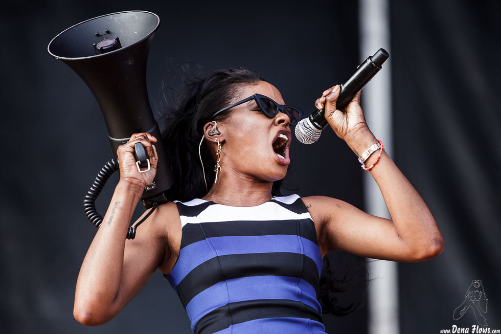 Caption: Azealia Banks at a concert in Spain. Credit: Dena Flows on Flickr Flickr Link: https://flic.kr/p/vZnAsu
