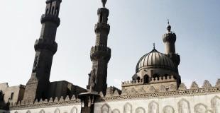 Caption: The Al Azhar mosque in Cairo.   Credit: Dr Mohamed Fouad  Flickr Link: https://flic.kr/p/fcn7qS