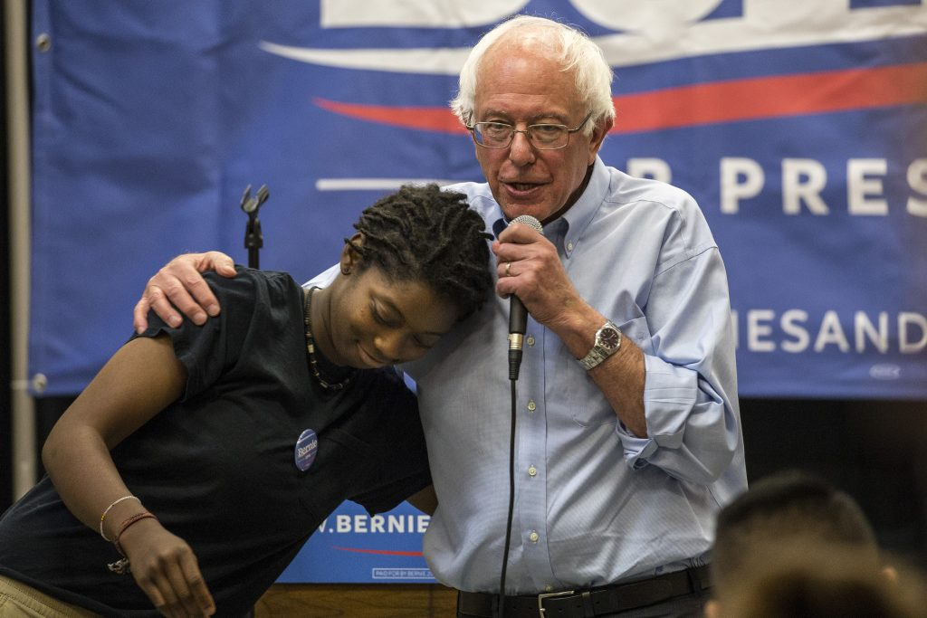 Bernie campaigning in Iowa >Flickr/Phil Roeder